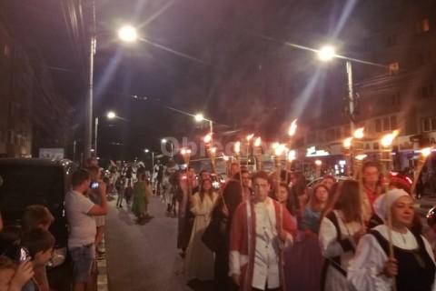 Festival Medieval Suceava, 16 august 2018, PARADA FACLIILOR (5)tn-min