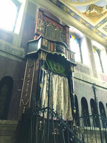 Replica aflată acum în Templul Evreiesc din Siret