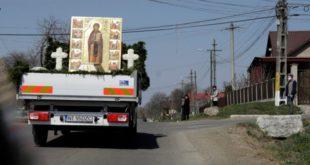 Sf Parascheva procesiune Moldova coronavirus